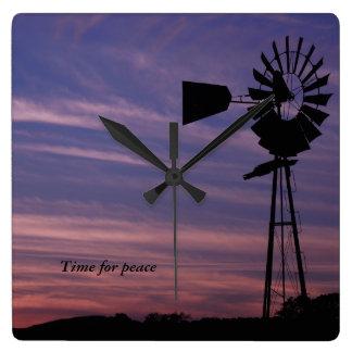 Tijd voor de Klok van de Muur van de Vrede met