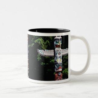 Totempalen, Vancouver, Brits Colombia Tweekleurige Koffiemok
