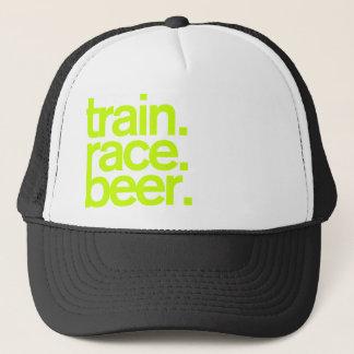 TRAIN.RACE.BEER. Het Pet van de
