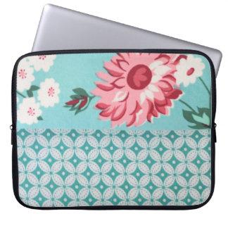 Trendy Patroon Girly Blauwgroen BloemenQuatrefoil Laptop Sleeve