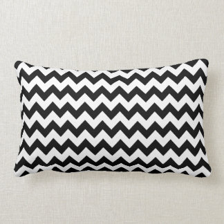 trendy zwart-witte chevronstrepen lumbar kussen