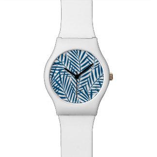Tropisch blauw palmblad horloge