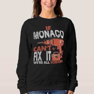 Trots om de T-shirt van MONACO te zijn