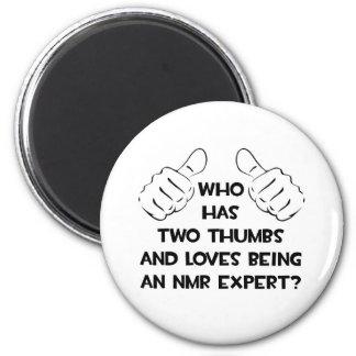 Twee Duimen. NMR Deskundige Magneten