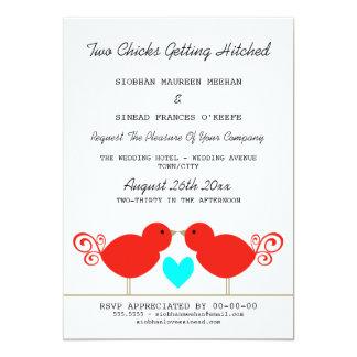 Twee Kuikens die Lesbisch Huwelijk Hitched krijgen 12,7x17,8 Uitnodiging Kaart