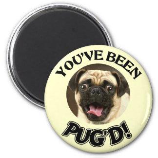 U BENT PUG'D GEWEEST! - GRAPPIGE PUG HOND RONDE MAGNEET 5,7 CM