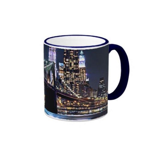 Uitzicht van de brugbezinning van Brooklyn van New Koffie Mok