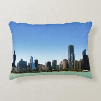 Uitzicht van de horizon van Chicago door Meer Decoratief Kussen