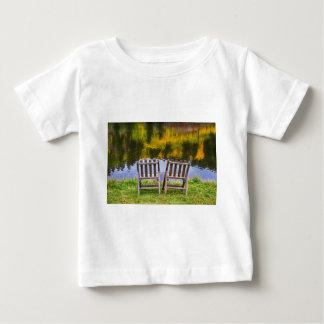 Uitzicht van het Meer van het Seizoen van de Baby T Shirts