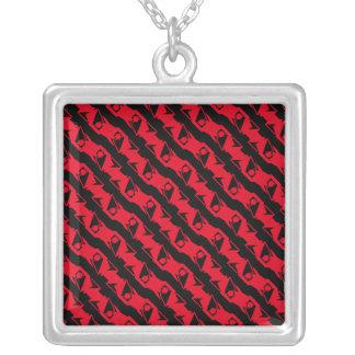 Uniek & Koel Zwart & Helder Rood Modern Patroon Zilver Vergulden Ketting