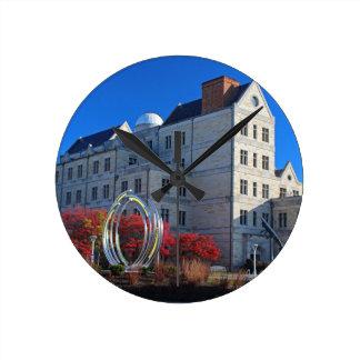 Universiteit van Zaal I van Toledo McMaster Ronde Klok