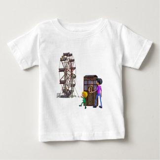 Vader en Zoon klaar om een Reuzenrad te berijden Baby T Shirts