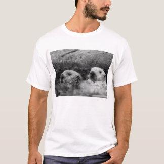 Van twee Otters (het Zwart-witte) Overhemd T Shirt