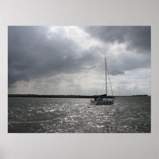 Varende Boot en het Stormachtige Art. van het Poster