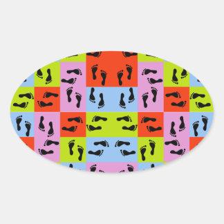 Veel Voetafdrukken Ovale Sticker