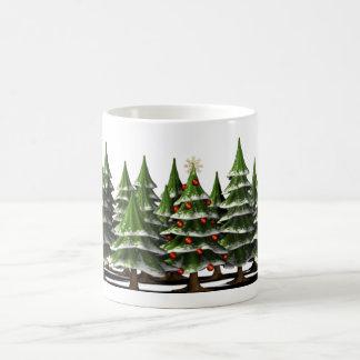 Verfraaide Kerstboom in een vreedzaam Bos Koffiemok