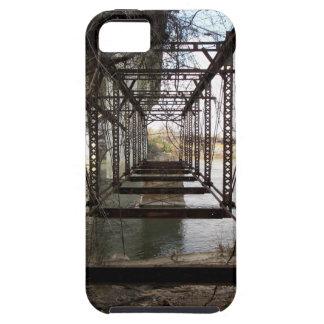 Verlaten brug op het Eiland van de Schoonheid Tough iPhone 5 Hoesje