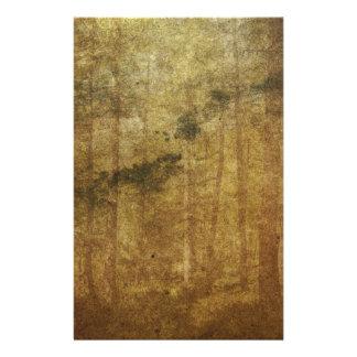 Verontrust uitgeput vintage bruin bosart. briefpapier