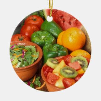 Vers fruit en groenten rond keramisch ornament