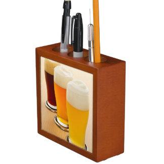 Verschillende types van bier pennenhouder