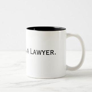 Vertrouw op me. Ik ben een Advocaat Tweekleurige Koffiemok