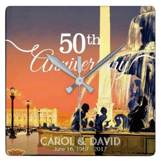 Vierend 50ste Jubileum. Vintage Parijs Vierkante Klok