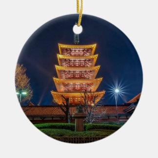 Vijf-dak Pagode bij de Asakusa Tempel, Tokyo Rond Keramisch Ornament