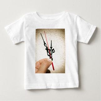 Vijf tot twaalf baby t shirts