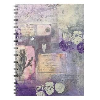 Violette Bloemblaadjes - Notitieboekje Notitieboek