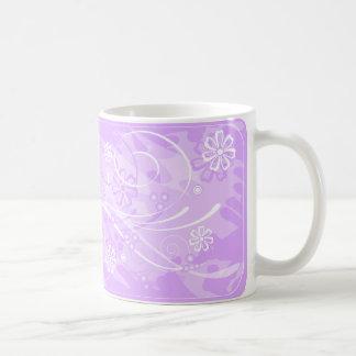 violette bloemen koffiemok