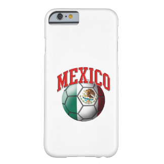 Vlag van de Bal van het Voetbal van Mexico Barely There iPhone 6 Hoesje