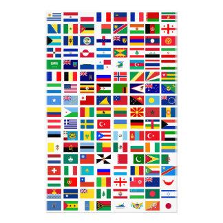 vlaggen van de wereld tegen wit briefpapier