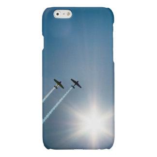 Vliegtuigen die op Blauwe Hemel met Zon vliegen iPhone 6 Hoesje Glanzend