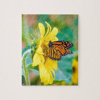 Vlinder op een Zonnebloem Puzzel