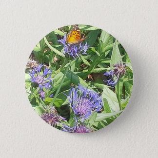 Vlinder op Paarse Coneflower Ronde Button 5,7 Cm