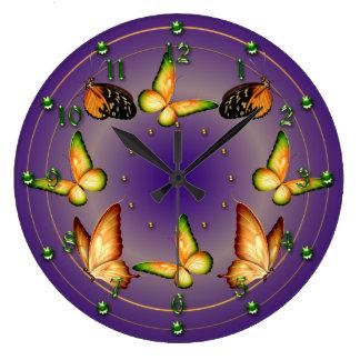 Vlinders op Rijke Paars Grote Klok