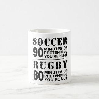 Voetbal versus Rugby Koffiemok