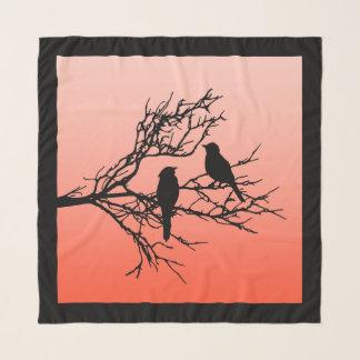 Vogels op een Tak, Zwart tegen het Sinaasappel van Sjaal