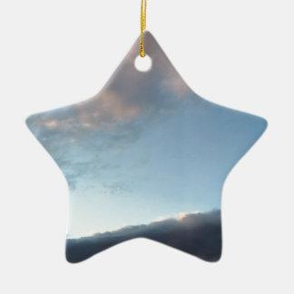 Vrede in het midden van een storm keramisch ster ornament