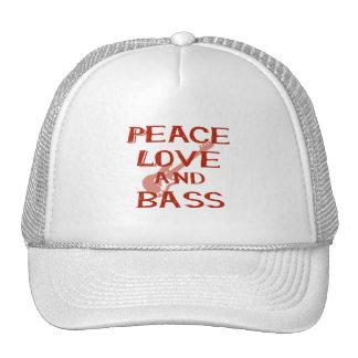vredes liefde en basbernice rode w gitaar trucker cap