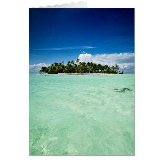 Vreedzaam eiland met palmenwenskaart wenskaart
