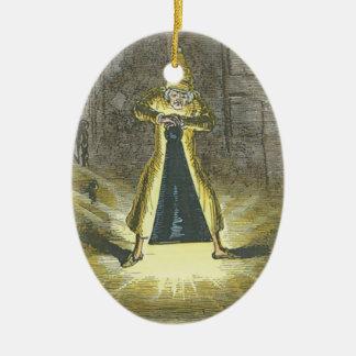 Vrek die het Spook van Kerstmis proberen voorbij Keramisch Ovaal Ornament