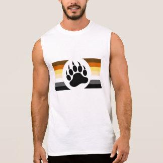 Vrolijk draag de kleurenstrepen van de Trots en T Shirt