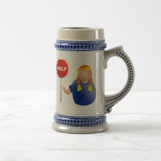 Vrouw die een Teken van de Hulp houden Bierpul