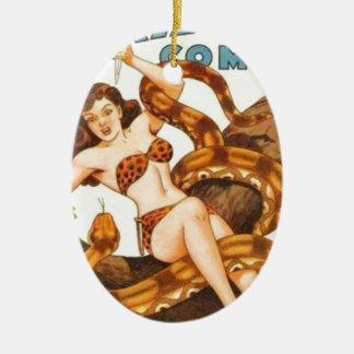 Vrouw met een Slang Keramisch Ovaal Ornament