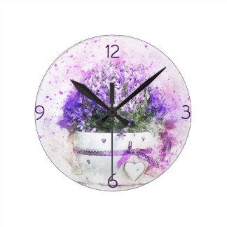 Vrouwelijk, lavendel en paars bloemenboeket ronde klok