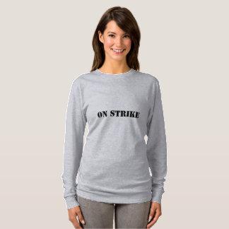 Vrouwen op de T-shirt van de Staking (u verdient