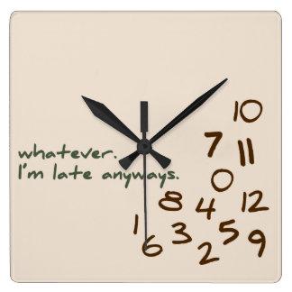 Vind hier de leukste klokken en personaliseer met kleur, design of stijl