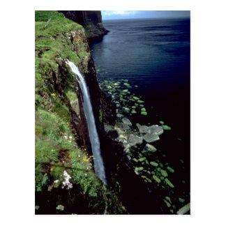 Waterval over de klippen van het Eiland van Skye, Briefkaart