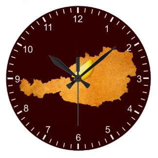 Weense Schnitzel - Kaart van Oostenrijk Grote Klok
